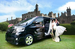 Deluxe-wedding-alphard
