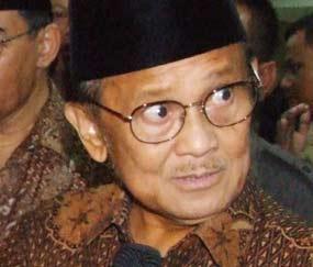 Prof. DR (HC). Ing. Dr. Sc. Mult. Bacharuddin Jusuf Habibie (BJ. Habibie)