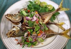 Resep Ikan: Ikan Goreng Salsa Bawang Merah
