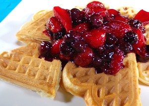 Resep Kue: Waffle with Berry Compote