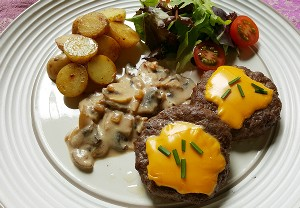 Resep Daging: Cheese Burger Saus Jamur