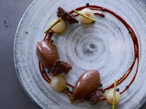 Resep Dessert : Tabanan Chocolate & Pear