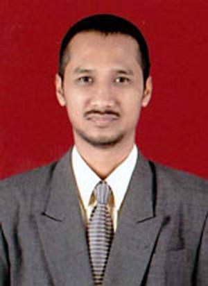 DR. Abraham Samad SH, MH