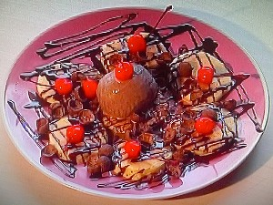 Pancake Coklat Cherry Jubilee Coin - Koki Cilik