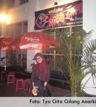 Road Cafe de Fame