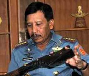 Laksamana Madya TNI Agus Suhartono, SE