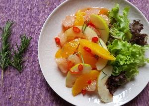 Resep Salad: Salad Jeruk Saus Asam Pedas